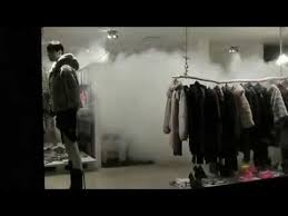 nebbiogeno-in-negozio-di-abbigliamento